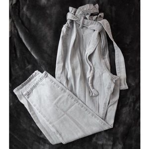 F21 Paperbag Waist Jeans (27)